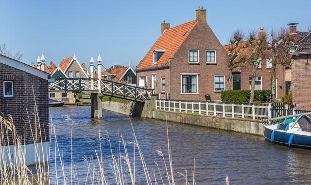 Hindeloopen village