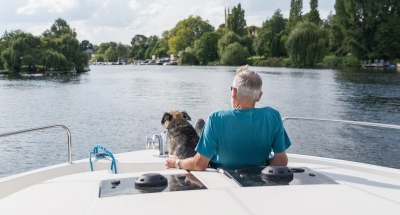 Boating holidays with dogs