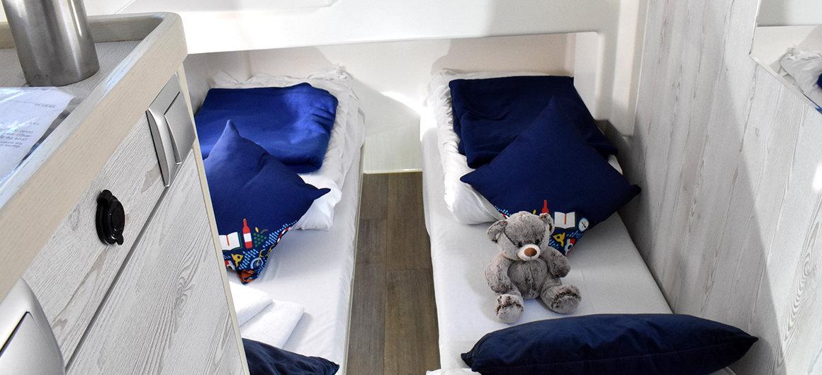 Horizon 4 - side cabin