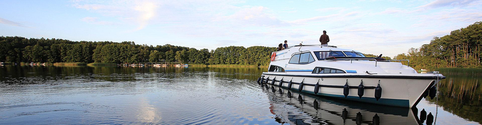 Le Boat boats